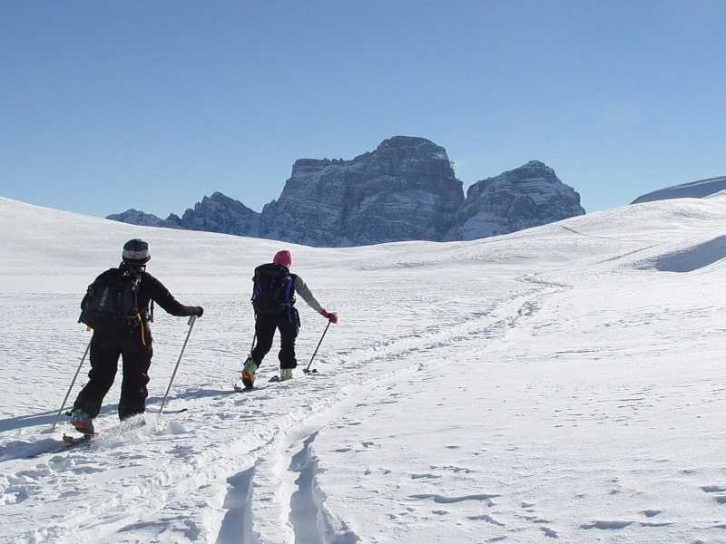 Picture of SKI MOUNTAINEERING