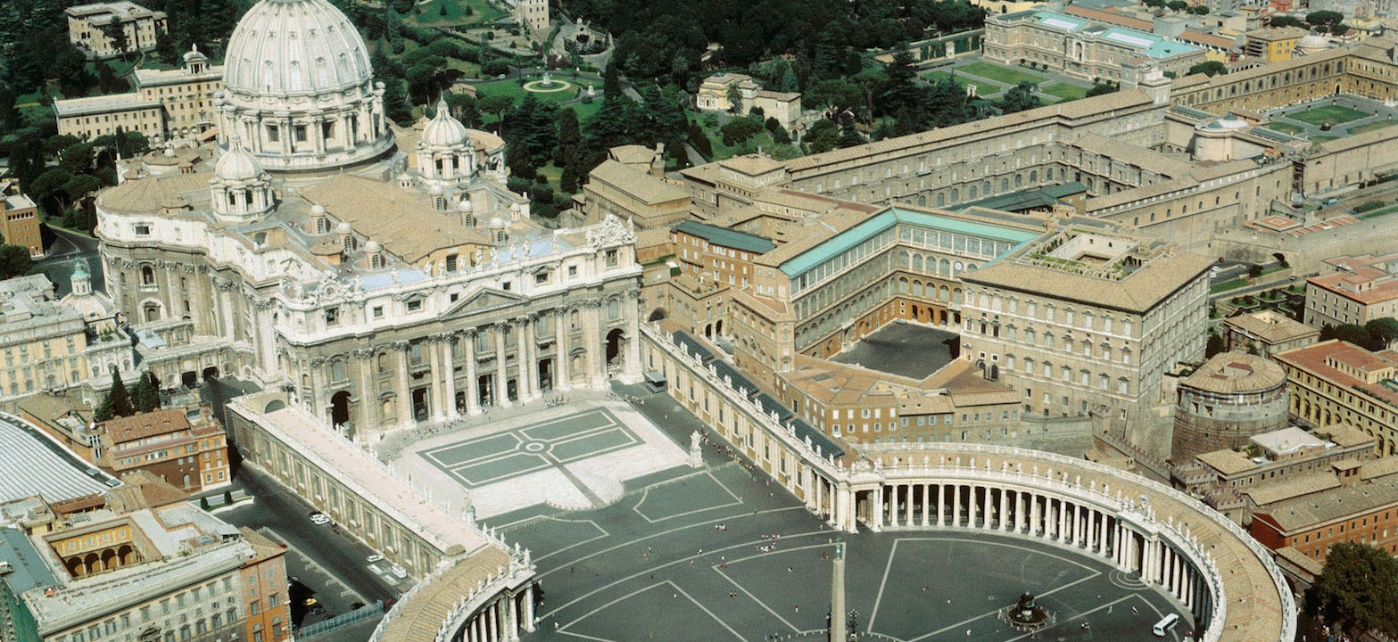 4 Day Rome and Vatican free and easy , Deluxe package / Italy