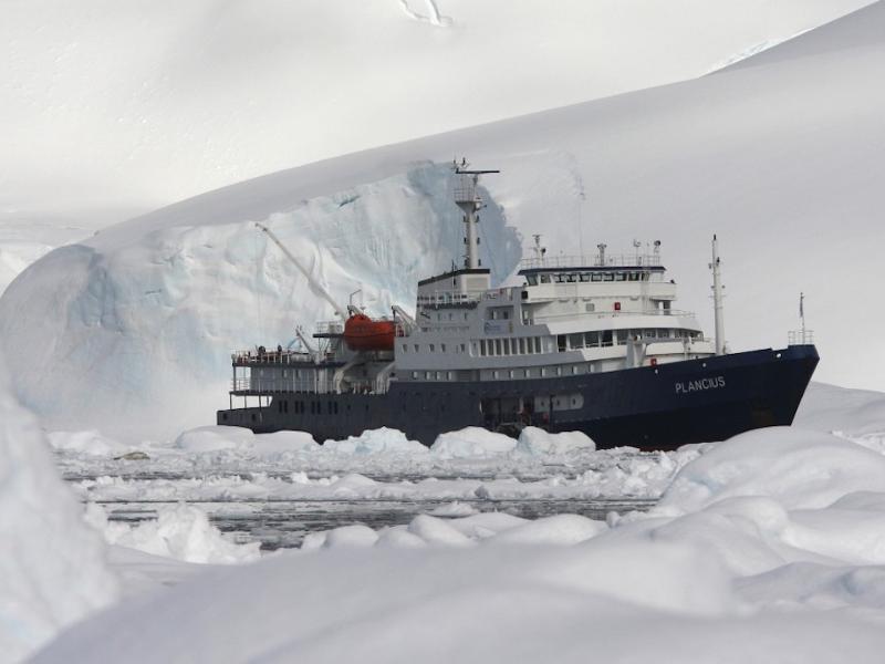 10 Days Around Spitsbergen Arctic Diving tour