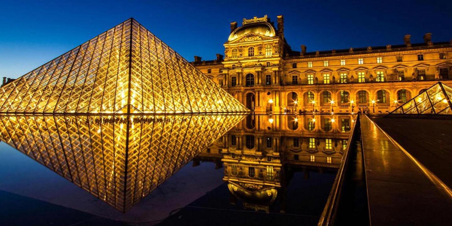 Castille Luxury hotel , Michelin starred - Paris / France