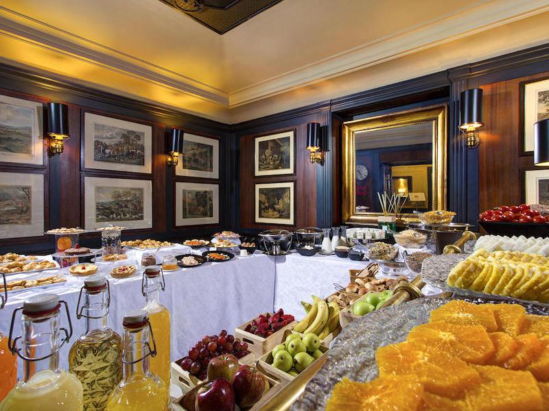 Picture of Cafè Romano | Hotel d'Inghilterra