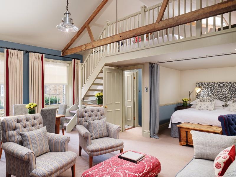 Picture of room Mews Suite | The Pelham Hotel