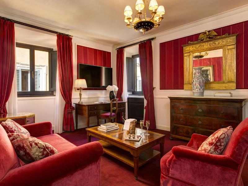Picture of room Executive Junior Suite | Hotel d'Inghilterra